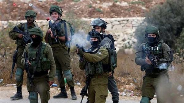 Esto es de todos los días: Fuerzas israelíes hieren a manifestantes palestinos, incluido a un periodista en Kafr Qaddum